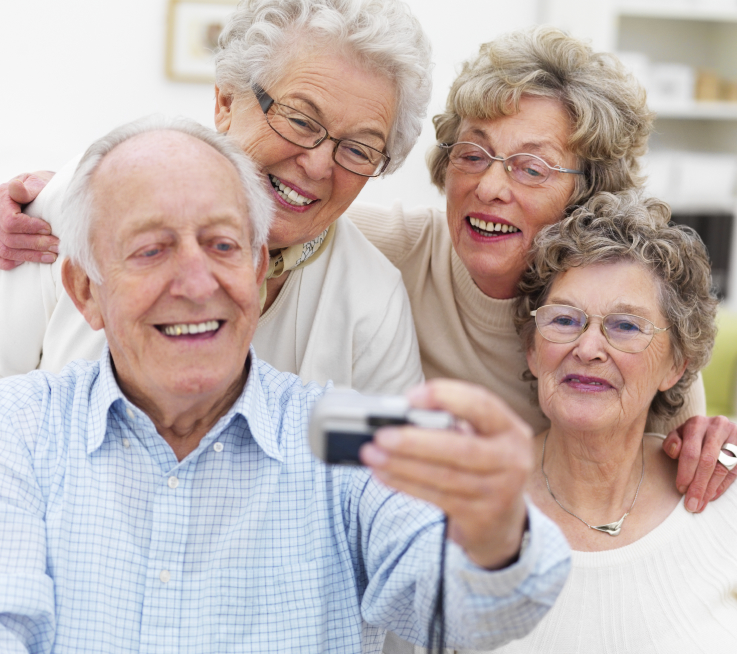 Friendship is Ageless: Social skills course for seniors from JSSA